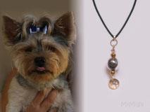 joya-recuerdo-colgante-artesano-personalizado-plata-oro-perla-cristal-pelo-perro-bamby