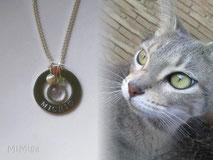 joya-artistica-memoria-recuerdo-con-pelo-animal-mi-miga-collar-plata-ley-aro-acero-grabado-nombre-engaste-cristal-lupa-charms-bola-tupi-swarovski-gato-michi