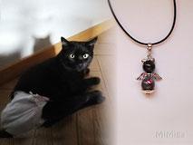 joya-artistica-memoria-recuerdo-con-pelo-animal-mi-miga-collar-cuero-plata-ley-perla-cristal-swarovski-alas-forma-gato-machin