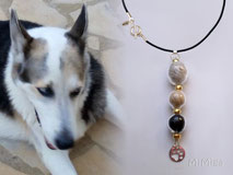 jewel-artisan-necklace-personalized-leather-silver-gold-glass-elements-animal-hair-dog-kiko