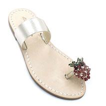 sandali artigianali dorati con cristalli