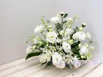 生花のお供えの花