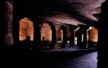 interior_view_ajanta_cave_1