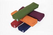 yogawood Pranayama Yogabolster aus Kapok in den Farben  Burgundy rot, Pflaume, Blau, Olive grün, Orange