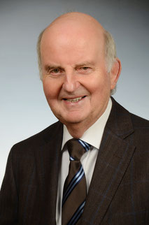 Dr. Wolfgang Hiege