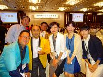 黄色い法被を来た中島委員長、この日も各方面の皆様にご挨拶に伺いました
