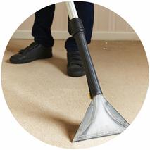 Professionelle Vor-Ort-Teppichbodenreinigung