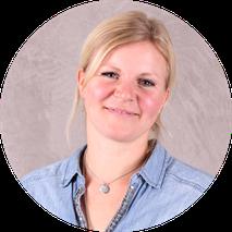 Portrai Saskia Färber Pflegeteam