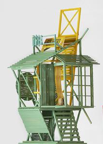 JAN MUCHE, o.T., 2020, Holz, Acryl und Fundstücke, 79 x 28 x 36 cm