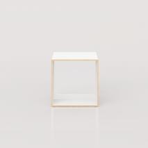 Xilobis Cube - Kann eingesetzt werden als Beistelltisch, Nachtkästchen, stapelbares Mini-Bücherregal oder einfach als farbenfroher Hocker.