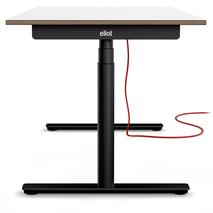 Eliot Schreibtisch mit schwarzem Gestell und Tischplatte weiß