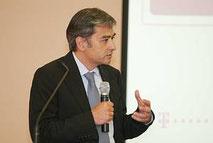 Dr. Raphael Kübler