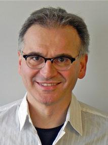 Dr. med. Adriano Bont
