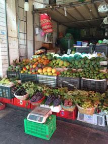 Soviele verschiedene Mangosorten auf einen Haufen habe ich noch nie gesehen