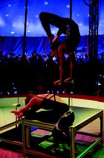 Circus Sambesi Patricia & Carmen