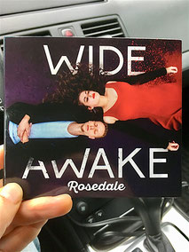 "Rosedale: zweites Top-Album: ""Wide Awake"""