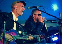 Pauls Lamb (rechts) und Chad Strentz: Blues-Duo der Extraklasse (Foto: Nightshift Agency)