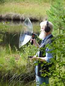Wildlife Recording - benutzt wird ein hochwertiges Stereo Parabol Mikrophon System - Northern Lights Flutes