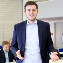FDP-Fraktionsvorsitzender Patrick Büker übt Kritik am Bürgermeister