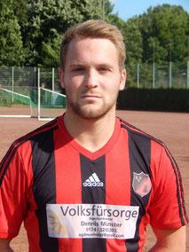 Daniel Dierkes beackerte den linken Flügel.