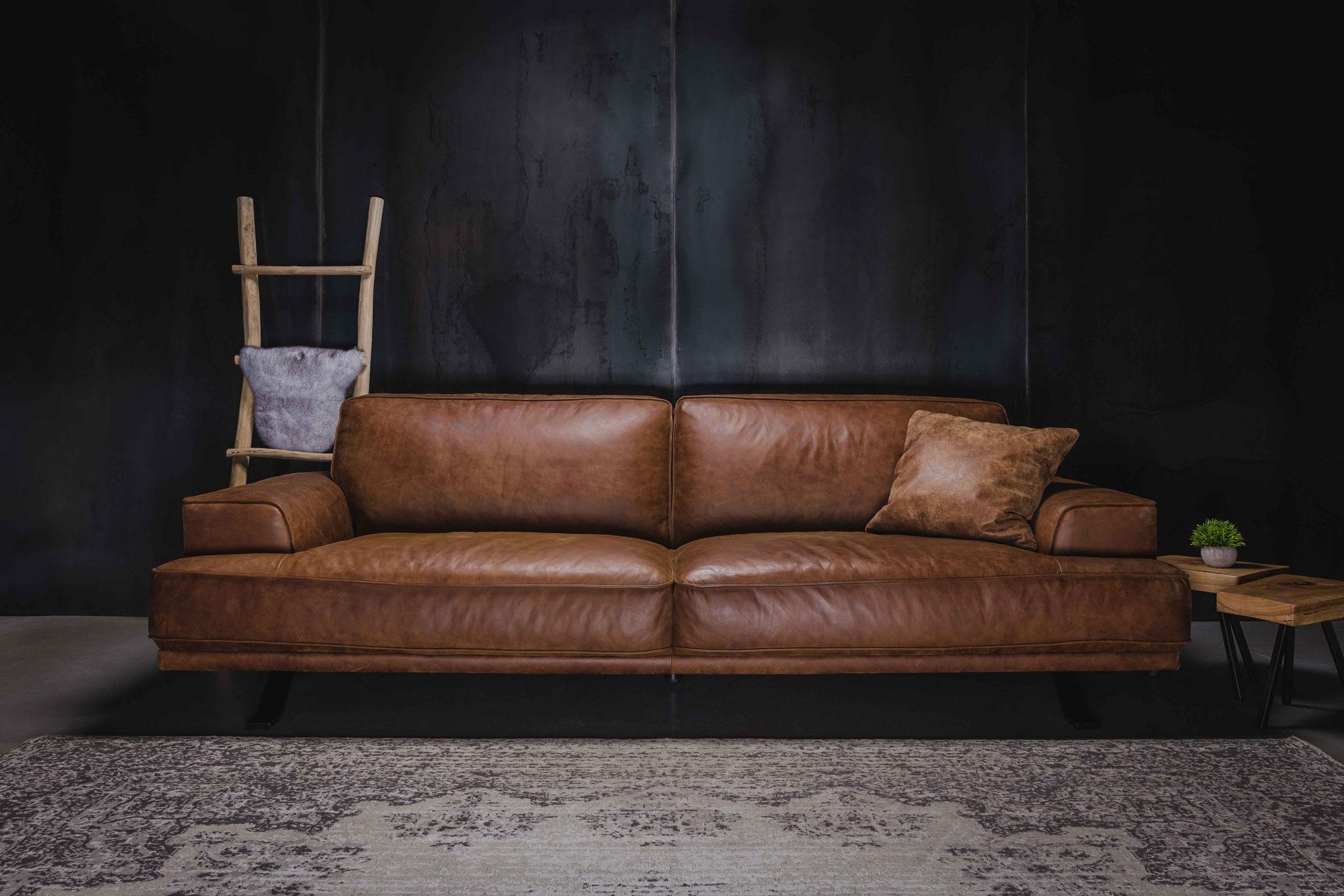 MÖBELLOFT design Sofa MAYBACH in Echtleder, Stoff oder Samt