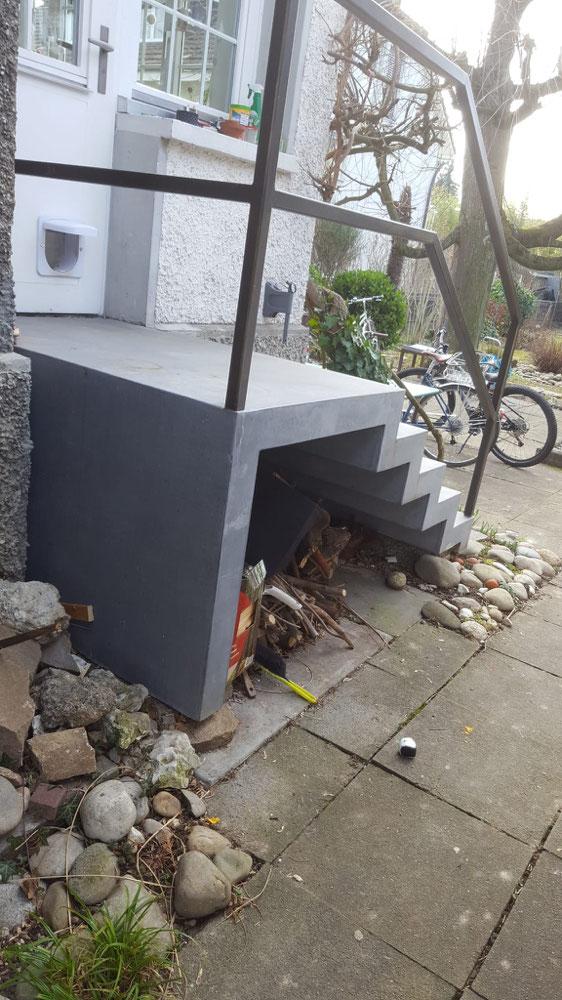 beton faltwerk treppen nonnast raum beton design. Black Bedroom Furniture Sets. Home Design Ideas
