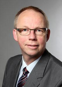 Foto Ralf Wewerinke-Reinermann, Mediation, Coaching, Strukties, Aufstellungsfiguren