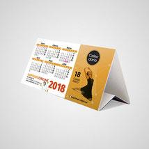 Distintos modelos de calendarios de sobremesa.