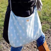 Julia Design handmade Tasche Handtasche Umhängetasche crossbody Stoff Hobobag wasserabweisend Lene