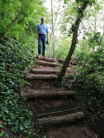"""Martin A. ist stolz auf """"seine"""" Treppe"""