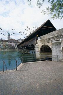 Ponte sul fiume Aar a Olten (Foto Heinz Dieter Finck)
