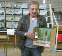 Freund und Prr. Kollege Schweiger G. mit Siegervogel D.H. in Phaeo