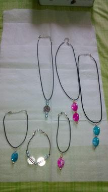 Conjunto de collares y pulseras artesanales de zaragoza