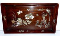 Details zu  Altes chinesisches Holztablett mit Perlmutt Intarsien, Schmetterlinge, Blüten , € 99,00