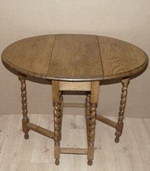 Kleiner, englischer Gateleg-Table, Eiche, gedrehte Beine , € 290,00