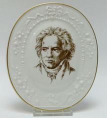"""Meissen Porzellan Bildnisplakette,""""In Memorian Ludwig van Beethoven"""", 1978, DDR, € 65,0"""