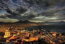 ナポリ、ヴェスヴィオ火山 贅沢一日ツアー