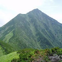 カムイエクウチカウシ岳