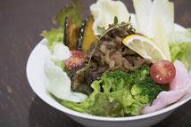 彩野菜のカフェ丼