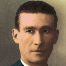 Horacio Martínez Prieto, né le 29 décembre 1902 à Bilbao et mort le 26 avril 1985 à Paris, est un ouvrier du bâtiment, militant anarcho-syndicaliste d'origine basque, théoricien du mouvement libertaire espagnol et par deux fois secrétaire général de la Co