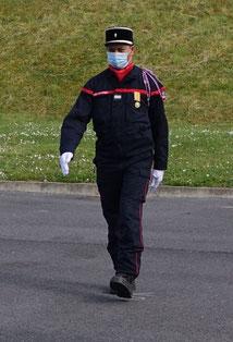 Le Lieutenant Hitimoë-Patrick Sibille en marche vers ses nouvelles missions.