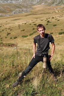Un Lézard agile grimpe sur ma jambe, Parc National de Mavrovo ~ Macédoine 2014