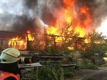 Einsätze wie der Großbrand in Schaidt am 12.08. gehören auch in der aktuellen Zeit zu unserem Feuerwehralltag
