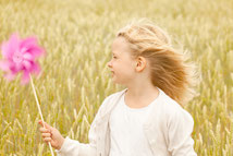 Matrix-2-Point für kids, Kinder, Leichtigkeit, Spiel, spielerisch, Windrad, Freude, lachen, Kerzers, Plaffeien, Burgbühl, Salvenach