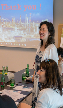 Helen Ke, General Manager Borealis China, begleitet die Delegation
