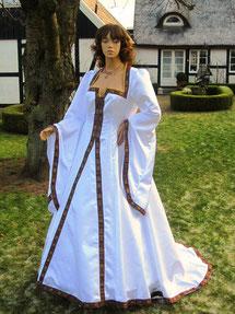 Mittelalter Brautkleid, Fantasykleid in Ma+anfertigung, Atelier Mittelalter-Fashion