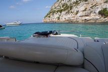 Embarcaciones para disfrutar del sol de Ibiza