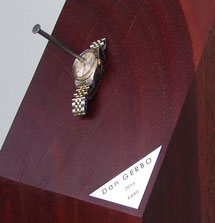 La Rolex transpercée par un clou
