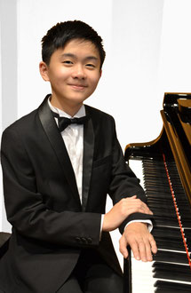 Kuik Jie En (Piano for both section 1 and 3)