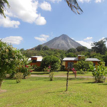 Lodging with view to Arenal Volcano